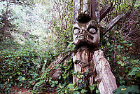Nuu-chah-nulth Totem Pole, Acous Peninsula, Kyuquot Sound, off West Coast of Vancouver Island, BC, British Columbia, Canada