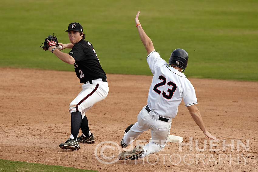 SAN ANTONIO, TX - FEBRUARY 27, 2011: The St. Joseph's University Hawks vs. the University of Texas at San Antonio Roadrunners Baseball at Wolff Stadium. (Photo by Jeff Huehn)