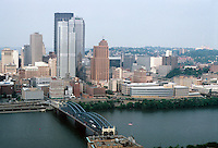 Pittsburgh: Downtown, Panorama. Photo 2001.