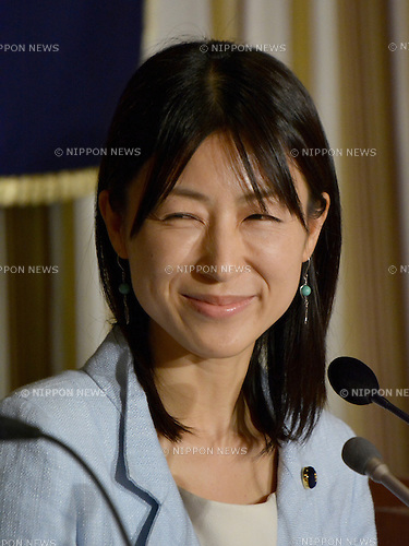 June 24, 2014, Tokyo, Japan - Ayaka Shiomura, a Tokyo metropolitan assemblywoman, beams a smile during a news conference at Tokyo's Foreign Correspondents' Club of Japan on Tuesday, June 24, 2014. While asking questions about maternity support measures during the June 18 session, Shiomura was sexually taunted by a 51-year-old male assemblyman, which has instantly triggered such outrage both nationally and internationally. Akihiro Suzuki admitted that he had heckled Shiomura with sexist remarks and apologized to the 35-year-old opposition lawmaker on June 23.   (Photo by Natsuki Sakai/AFLO)