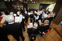 CULTUUR: Joure: 05-04- 2014, Zangconcours van de Bond van koren in Friesland, ©foto Martin de Jong