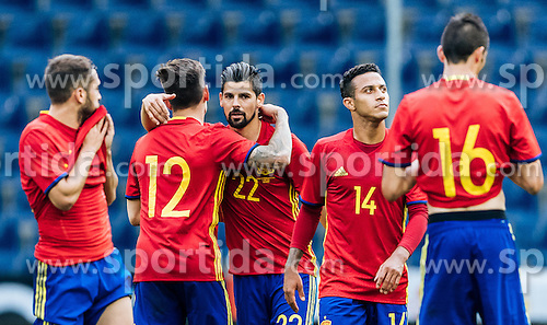 01.06.2016, Red Bull Arena, Salzburg, AUT, Testspiel, Spanien vs Suedkorea, im Bild Hector Bellerin (ESP), Nolito (ESP), Thiago Alcantara (ESP) // Hector Bellerin of Spain Nolito of Spain Thiago Alcantara of Spain during the International Friendly Match between Spain and South Korea at the Red Bull Arena in Salzburg, Austria on 2016/06/01. EXPA Pictures © 2016, PhotoCredit: EXPA/ JFK