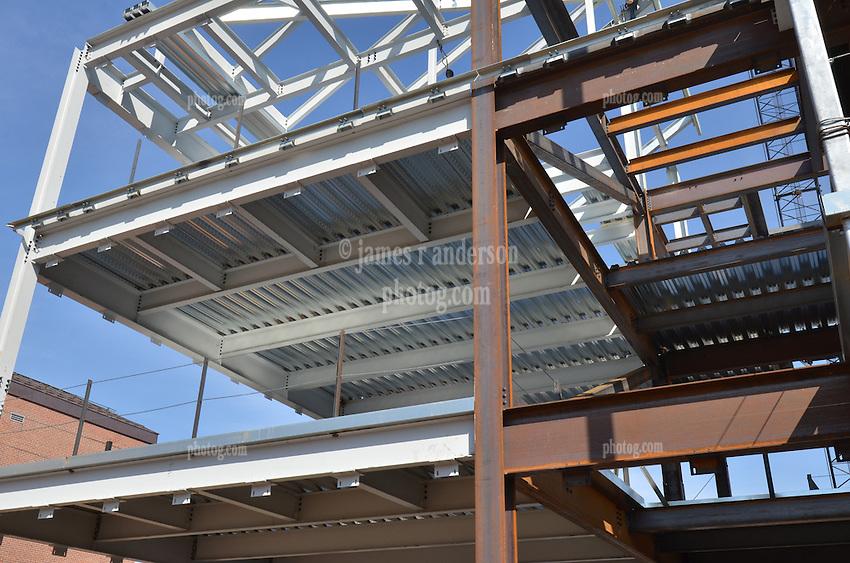 Upper floors at West Elevation. Central Connecticut State University. New Academic Building. Project No: BI-RC-324. Architect: Burt Hill Kosar Rittelmann Associates. Contractor: Gilbane, Inc.
