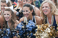 Pitt dance team. The Notre Dame Fighting Irish defeated the Pitt Panthers 15-12 at Heinz field in Pittsburgh, Pennsylvania on September 24, 2011.