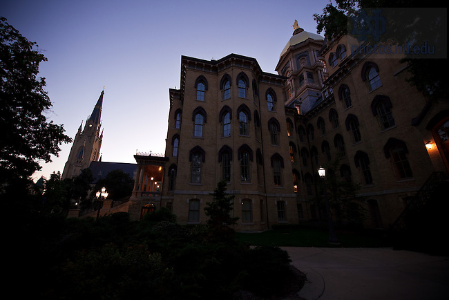 Basilica and Main Building at dusk, Aug. 31, 2009..Photo by Matt Cashore/University of Notre Dame