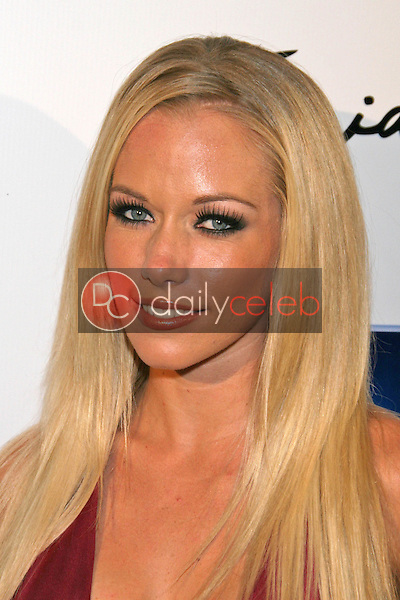 Kendra Wilkinson<br />at Celebrity Catwalk for Charity. The Highlands Nightclub, Hollywood, CA. 08-16-07<br />Dave Edwards/DailyCeleb.com 818-249-4998