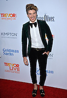 BEVERLY HILLS, CA. December 4, 2016: Joey Graceffa at the 2016 TrevorLIVE LA Gala at the Beverly Hilton Hotel.<br /> Picture: Paul Smith/Featureflash/SilverHub 0208 004 5359/ 07711 972644 Editors@silverhubmedia.com