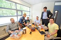 SCHAATSEN: HEERENVEEN: 06-06-2013, IJSSTADION THIALF, actiegroep thialf-moetblijven.nl te gast in Thialf, v.l.n.r. Janny Pekema (Thialf), Hedser Kok, Bas Altena, Peter van Gool, Thialf directeur Eelco Derks, Remco Folkerts, ©foto Martin de Jong