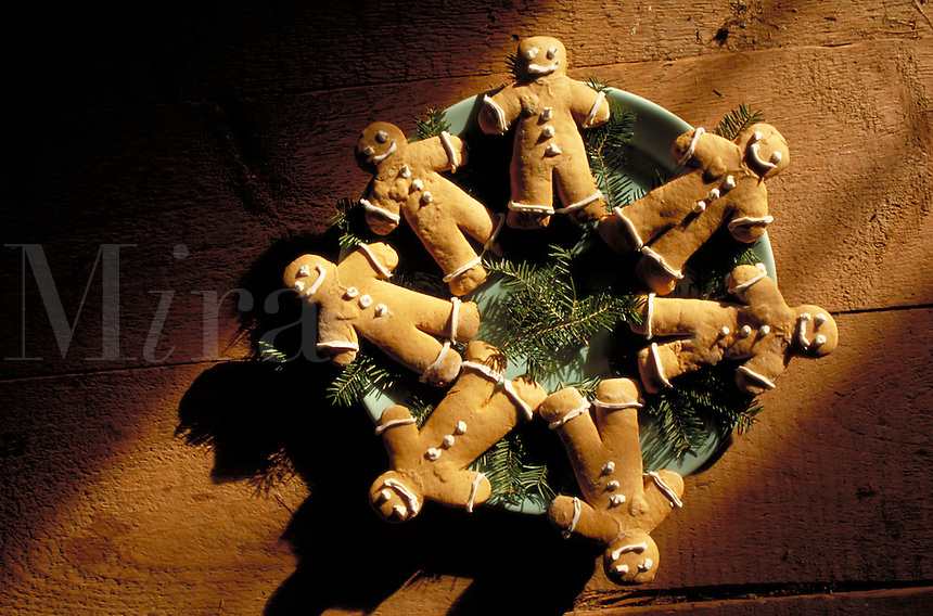 Circle of iced gingerbread cookies, holiday, tradition.