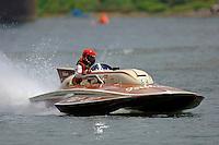 "Bill Fisk, GP-317 ""The Irishman"" 1971 7 Litre/Grand Prix class Lauterbach hydroplane.Madison Regatta, Madison Indiana July 3, 2005.Photo Credit: ©F.Peirce Williams 2005"