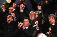 FUSSBALL   CHAMPIONS LEAGUE   SAISON 2011/2012   21.02.2012 SSC Neapel - Chelsea  FC Jubel auf der Tribuene von Praesident Aurelio De Laurentiis (SSC Neapel)