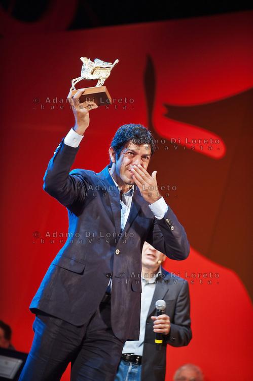 PESCARA (PE) 08/07/2012 - 39° FILM FESTIVAL INTERNAZIONALE FLAIANO. PREMIAZIONE FINALE. IN FOTO L'ATTORE PIERFRANCESCO FAVINO. FOTO DI LORETO ADAMO