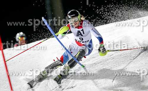 13.01.2015, Hermann Maier Weltcupstrecke, Flachau, AUT, FIS Weltcup Ski Alpin, Flachau, Slalom, Damen, 1. Lauf, im Bild Wendy Holdener (SUI) // Wendy Holdener of Switzerland in action during 1st run of the ladie's Slalom of the FIS Ski Alpine World Cup at the Hermann Maier Weltcupstrecke in Flachau, Austria on 2015/01/13. EXPA Pictures © 2015, PhotoCredit: EXPA/ Johann Groder