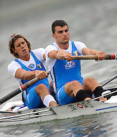 Ottensheim, AUSTRIA. ITA M2+,  Bow, Aldo TRAMONTANO, Valerio MASSIMO and cox Gianlucu BARATTOLO, Morning semi final, as the crew moves away from the start pontoon, at the 2008 FISA Senior and Junior Rowing Championships,  Linz/Ottensheim. Friday,  25/07/2008.  [Mandatory Credit: Peter SPURRIER, Intersport Images] Rowing Course: Linz/ Ottensheim, Austria