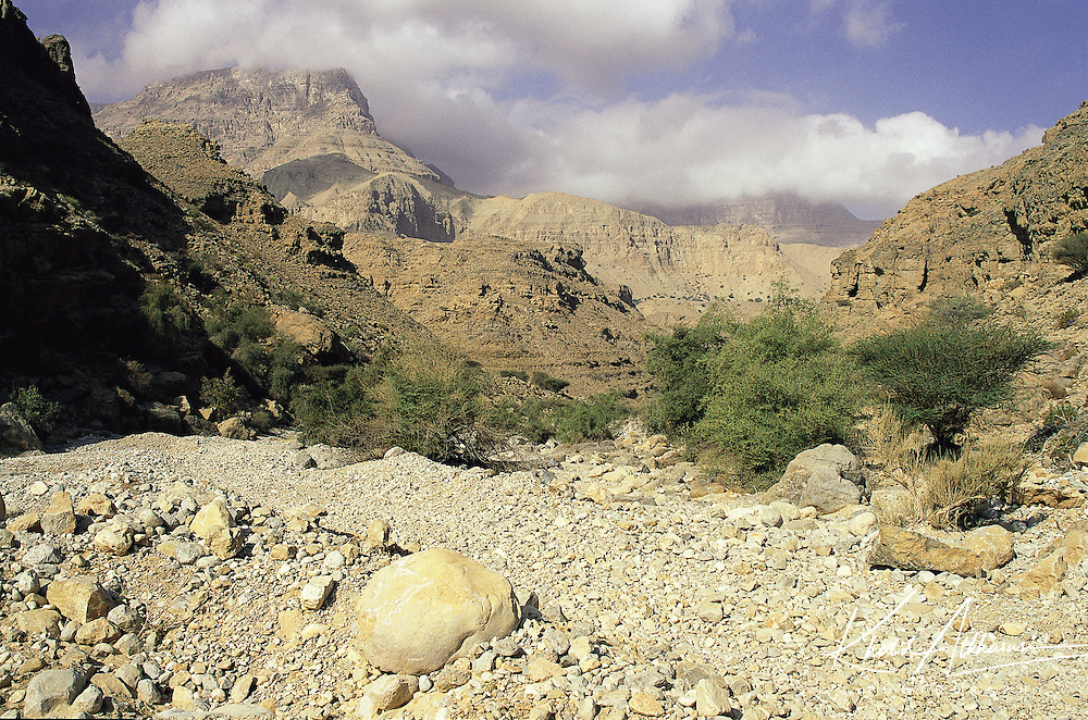 Hajar mountains wadi ghul khalid al kharusi photography