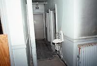1986 February .Rehabilitation.Attucks Theatre.Church Street..2ND FLOOR.OFFICE SPACE.INTERIOR...NEG#.NRHA#..