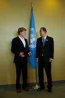 American actor Robert Redford (L ) speaks with U.N. Secretary-General Ban Ki-moon before his address on climate change at U.N. headquarters in New York.  06/29/2015. Eduardo MunozAlvarez/VIEWpress