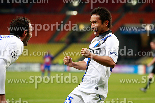 27.09.2011, Arena Chimki, Moskau, ESP, UEFA CL, Gruppe B, ZSKA Moscow (RUS) vs Inter Mailand (ITA), im Bild Esultanza di Yuto Nagatomo Giampaolo Pazzini Inter.Celebration. // during the UEFA Champions League game, group B, ZSKA Moskau (RUS) vs Inter Mailand (ITA) at Arena Chimki in Moscow, Russia on 2011/09/27. EXPA Pictures © 2011, PhotoCredit: EXPA/ InsideFoto/ Paolo Nucci +++++ ATTENTION - FOR AUSTRIA/(AUT), SLOVENIA/(SLO), SERBIA/(SRB), CROATIA/(CRO), SWISS/(SUI) and SWEDEN/(SWE) CLIENT ONLY +++++