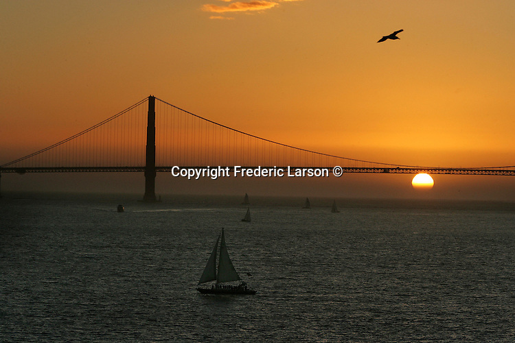 The prisoners on Alcatraz had the best views of the Golden Gate Bridge at sunset. A group of photographers from the Media Alliance overnighted on Alcatraz and documented their tour  in San Francisco California.