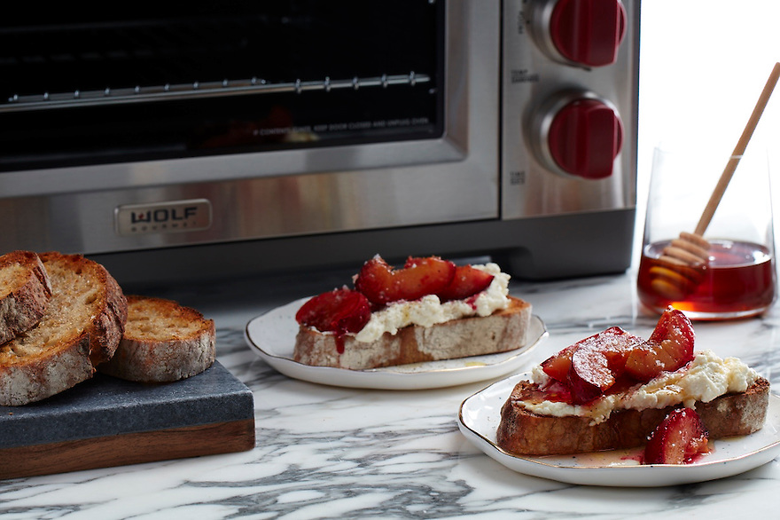Ricotta Toast with Plums and Honey
