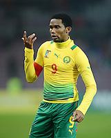 FUSSBALL   INTERNATIONAL   Testspiel    Albanien - Kamerun       14.11.2012 Samuel Eto o (Kamerun) mit Ball