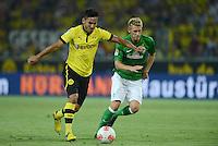 FUSSBALL   1. BUNDESLIGA   SAISON 2012/2013   1. SPIELTAG Borussia Dortmund - SV Werder Bremen                  24.08.2012      Ilkay Guendogan (li, Borussia Dortmund) gegen Aaron Hunt (re, SV Werder Bremen)
