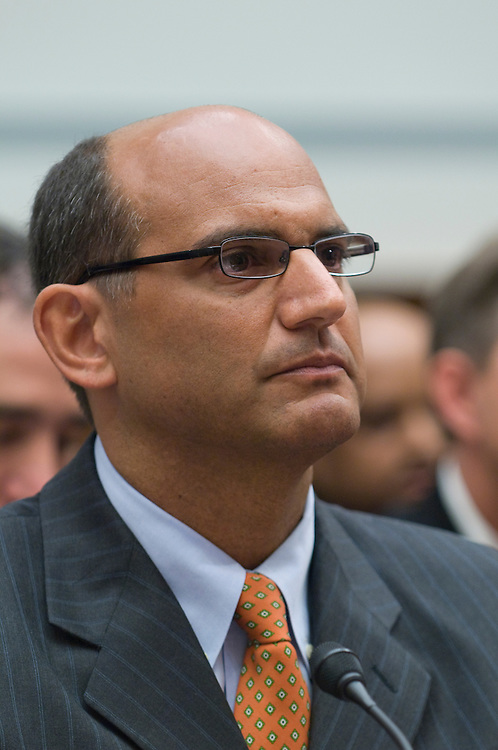 """Ben Soraci, U.S. retail sales director for the ExxonMobil Fuels Marketing Company testifes before the Domestic Policy Subcommittee hearing on """"ExxonMobil and Shell Answer Questions about Hot Fuels Double Standards."""""""
