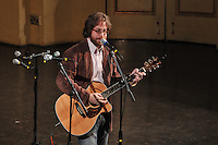 Jonathan Coulton performing at the January 31 Concert, Century on a Spree: The Whiffenpoof Centennial (1909-2009)