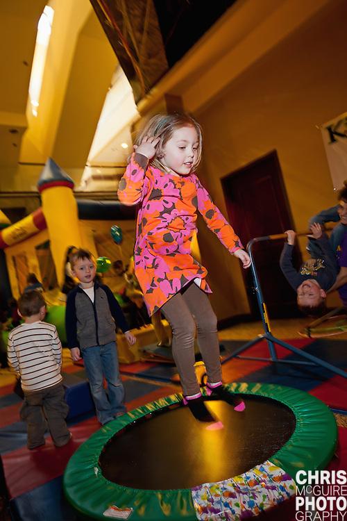 02/12/12 - Kalamazoo, MI: Kalamazoo Baby & Family Expo.  Photo by Chris McGuire.  R#30