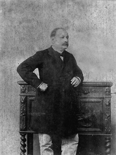 Manuel de Jesús Galván, autor de Enriquillo © Julio Pou. AGN.