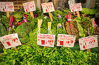 Organic produce in a supermarket in New York on Thursday, April 30, 2015. (© Richard B. Levine)