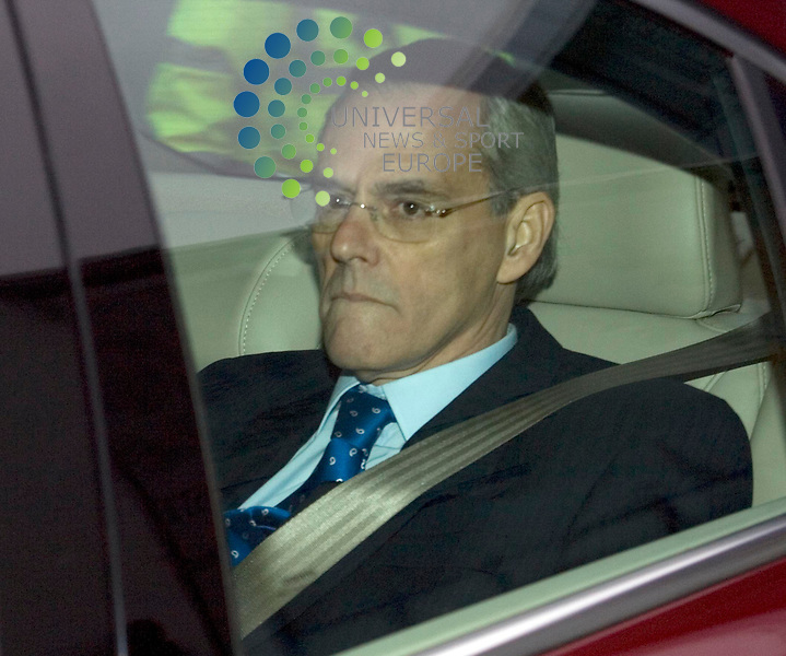 People leaving by the back door after  the Loyds TSB General Meeting about the takeover of Halifax Bank Of Scotland at the Glasgow, SECC..Picture: Maurice McDonald/ Universal News and Sport 19/11/08........ ........... .
