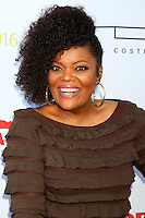 Yvette Nicole Brown<br /> at HollyRod Presents 18th Annual DesignCare, Sugar Ray Leonard's Estate, Pacific Palisades, CA 06-16-16<br /> David Edwards/DailyCeleb.com 818-249-4998