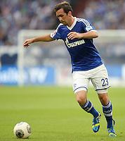 FUSSBALL   1. BUNDESLIGA   SAISON 2013/2014   1. SPIELTAG FC Schalke 04 - Hamburger SV          11.08.2013 Christian Fuchs (FC Schalke 04)  am Ball