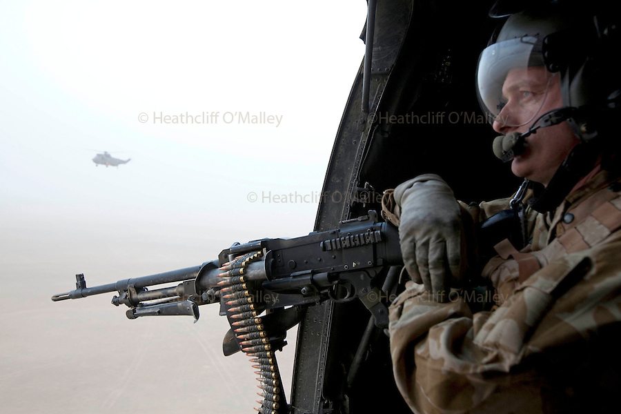 helicopter door gunner with I0000z2balpjfd94 on Fn Medium Door Pintle additionally File Bell uh 1h model 205 huey helicopter besides Ultimate Nerf Rival Khaos Modification Guide furthermore Gun weapon guns weapons military machine gun assault rifle police swat in addition .