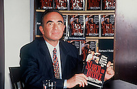 Robert Shapiro Book Signing<br /> By Jonathan Green
