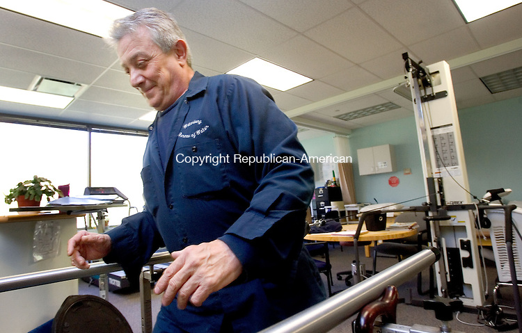 MIDDLEBURY CT. 08 May 2015-050815SV02-Frank Spinelli of Waterbury works out at Access Rehab at Middlebury Edge in Middlebury Friday.<br /> Steven Valenti Republican-American