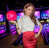 bowling holly