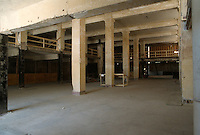 1995 May 23..Redevelopment...Tidewater Community College.TCC PROGRESS BEFORE.INTERIOR OF MARTIN BUILDING.1ST FLOOR LOOKING FROM RIGHT FRONT...NEG#.NRHA#..