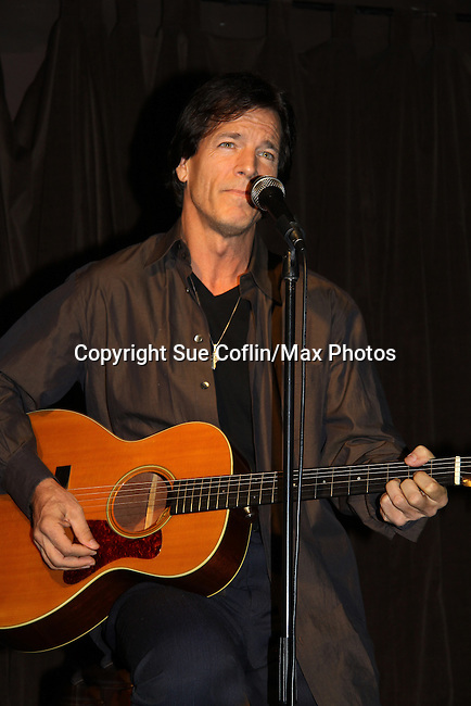 "Guiding Light's Bradley Cole performs a couple of his original songs at a showcase called ""Wednesday Nights at the Iguana"" hosted by Dana Lorge on October 6th in New York City. (Photos by Sue Coflin/Max Photos)"