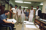 New Jersey, May 1981. State Prison of Rahway, New Jersey. This is what we can call a traditional State Prison generally overcrowded. A lot of inmates are sharing some dorms. Very few enjoyed some privacy. The leisure time is general ly spent in gym. The guards try to keep the best realation they can with the inmates.
