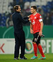 FUSSBALL   DFB POKAL    SAISON 2012/2013    ACHTELFINALE FC Schalke 04 - FSV Mainz 05                          18.12.2012 Trainer Thomas Tuchel (li) und Adam Szalai (re, beide FSV Mainz 05) freuen sich nach dem Abpfiff