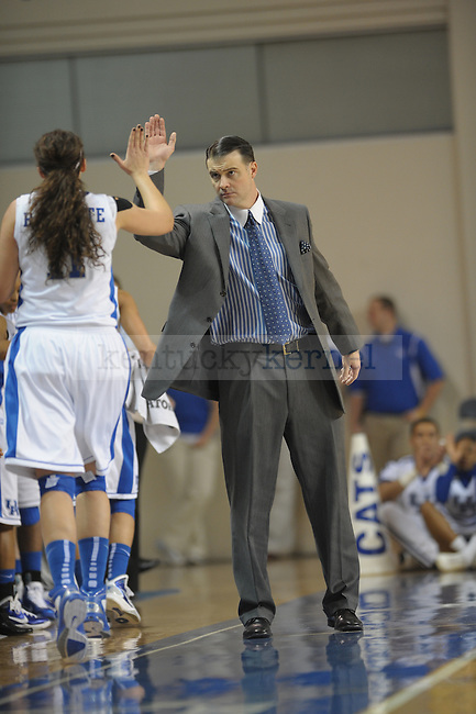 UK's head coach Matthew Mitchell and Sarah Beth Barnette during the University of Kentucky Women's basketball game against Vanderbilt at Memorial Coliseum in Lexington, Ky., on 1/23/11. Uk led the game at half 37-22. Photo by Mike Weaver | Staff