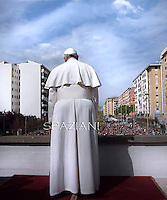 Pope Francis during his pastoral visit at roman parish the San Gregorio Maglio  on April 6, 2014