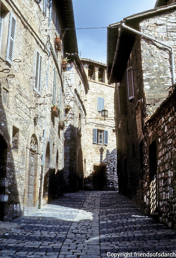 Italy: Assisi--Narrow steep street between Santa Chiara and the Duomo. Photo'85.