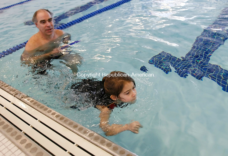 OXFORD, CT, 01/03/08- 010309BZ03- Leanne Sepanek, 5, and her father Mike Sepanek swim during an Oxford Parks and Recreation Department sponsored open swim at the Oxford High School pool Saturday.  <br />  Jamison C. Bazinet Republican-American