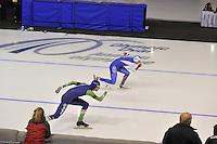 SPEEDSKATING: CALGARY: 14-11-2015, Olympic Oval, ISU World Cup, 1000m, Aleksey Yesin (RUS), Gerben Jorritsma (NED), ©foto Martin de Jong