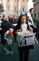 Roma 15 Aprile 2002.Israele Day.Manifestazione per lo stato di Israele in piazza del Campidoglio.Manifestante con un cartello per Oriana Fallaci.