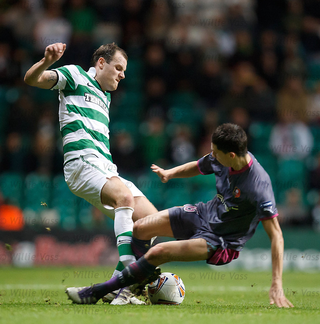 Vincent Pajot lunges in on Anthony Stokes