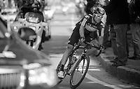 Giro d'Italia stage 13.Savano-Cervere: 121km..Bernie Eisel catching the peloton